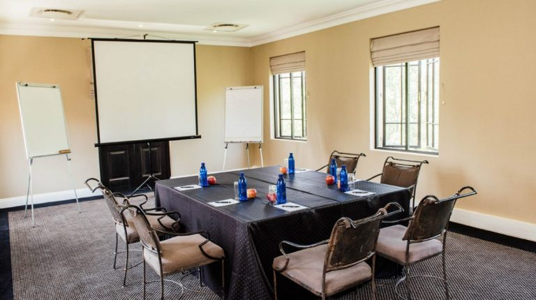 The Maple Room - Avianto - Creative Suite